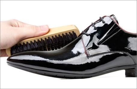Ghid de ingrijire a pantofilor din piele
