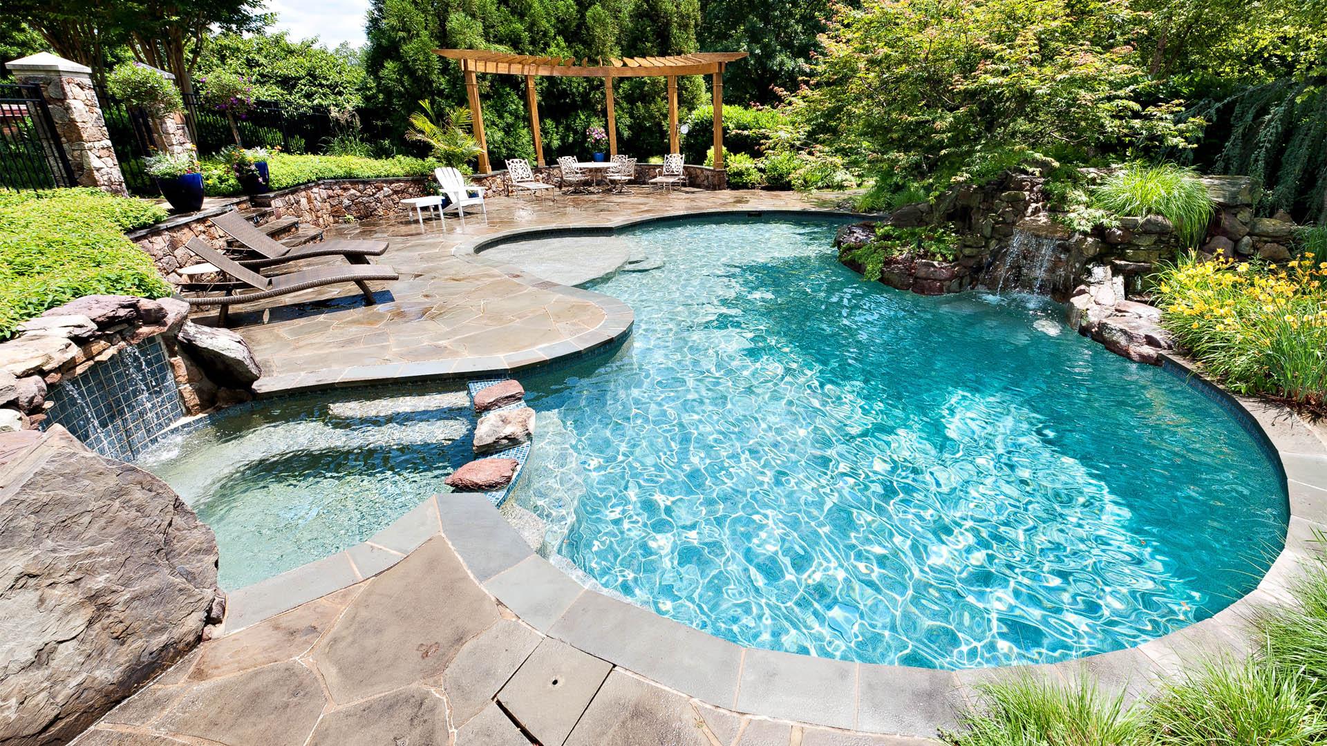 Cum sa-ti intretii piscina