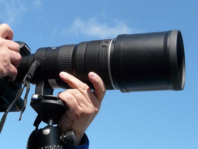 Trepiedul pentru camera foto – un accesoriu de dorit