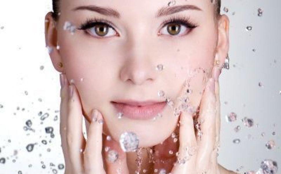 Ingrijeste-ti tenul folosind produse naturale!