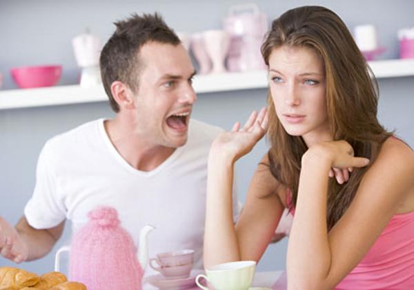 Cum iti dai seama daca partenerul tau este posesiv?