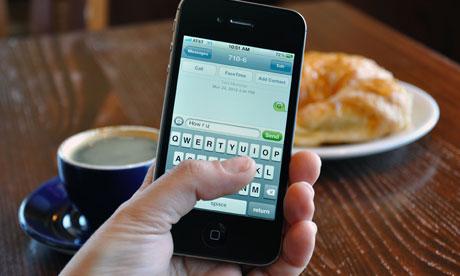 Mesajele text iti strica relatia cu persoana iubita